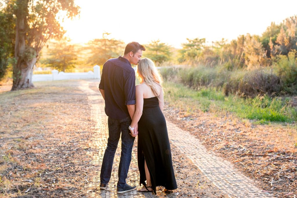 engagement shoot ideas (26)